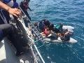 Tragické nešťastie v Thajsku: FOTO V rozbúrenom mori zahynulo minimálne 33 ľudí