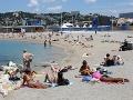 Dievčina sa išla s priateľom poprechádzať na pláž: Zvrhlé divadlo, čo nezaliezli do karavanu?!