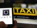Vláda v Rumunsku s novým odkazom pre taxikárov: Sprísnila pokuty pre vodičov Uberu