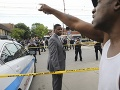 Polícia v Chicagu zastrelila muža, ktorý mal nepovolenú zbraň: Verejnosť reaguje protestami