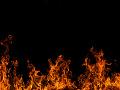 Zásah hasičov v Bratislave: Požiar osobného auta, poškodené boli aj okolostojace vozidlá
