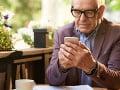 Seniori sa dajú oveľa rýchlejšie oklamať: Podvodníkov na internete je čoraz viac