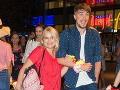 Zuzana Vačková prišla na afterpárty filmu Mamma Mia! Here we go again ruka v ruke s hereckým kolegom Dáriusom Kočim.