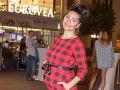 Speváčka Mamba Dasha Šarközyová sa už pýši veľkým tehotenským bruškom.