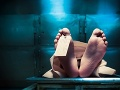 Čo sa deje s ľudským telom po smrti: Krok za krokom od momentu, keď prestane biť srdce