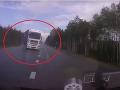 VIDEO Na kamióne praskla