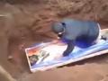 Prorok sa snažil oživiť mŕtvolu: VIDEO kriesenia, ktoré ľudí poslala do mdlôb