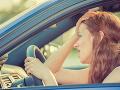 Idete autom do tejto dovolenkovej destinácie? Vodiči hlásia, pripravte si pevné nervy!