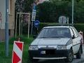 FOTO Bratislavčania krútia hlavami: TAKTO opravovať cestu ste ešte nevideli, možné iba na Slovensku
