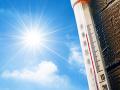 Zdravotné služby v pohotovosti: Ľudia kolabujú, horúčavy spôsobujú ťažkosti