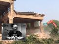 VIDEO Svetovo uznávaný umelec má hlavu v smútku: Veď oni mu z ničoho nič zničili ateliér
