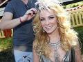 Porotkyňa Diana Mórová predviedla v upútavke na šou Česko Slovensko má Talent vražedný výstrih.