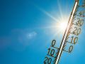 Meteorológovia opäť varujú pred horúčavami: Pozor si dajte hlavne v týchto oblastiach