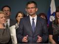 V Slovinsku je vymaľované: Poslanci súhlasili, aby sa novým premiérom stal bývalý komik