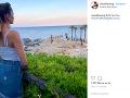 Marek trávi dovolenku na Sardínii s novou partnerkou Terezou.