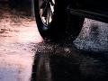 Dážď neustupuje, meteorológovia vydali výstrahu: V týchto okresoch hrozia povodne