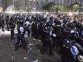 VIDEO Násilné protesty v Rumunsku: Brutálny zásah polície, desiatky ľudí skončili v nemocnici