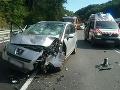 FOTO Hrozivo vyzerajúca nehoda v Kremnici: Motorka sa zrazila s autom