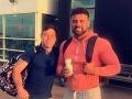 FOTO Mladík (27) si zašiel s kolegami po práci na pivo: Jeho priateľku mohlo ráno poraziť