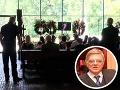 V pondelok popoludní sa v Bratislavskom krematóriu konal aj súkromný pohreb.
