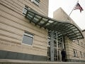 Veľvyslanectvá USA a Izraela v Berlíne dostali listy s bielym práškom