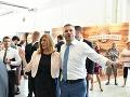 Pellegrini na Agrokomplexe hodil starosti za hlavu: VIDEO Tančeky s Matečnou či čapovanie piva