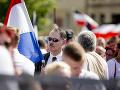 FOTO Hrozivý pochod Berlínom: Stovky neonacistov si pripomínali pamiatku monštra