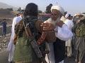 Krvavý masaker v Afganistane: Taliban zabil 21 policajtov a členov provládnych milícii