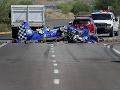 FOTO Lietadlo vo Phoenixe sa zrútilo na križovatku: Jedna mŕtva a jedna ranená osoba