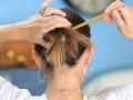 Nikdy si nedávajte do vlasov pero! Budúca nevesta to trpko oľutovala