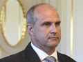 Spor v koalícii: SNS sa nepáči návrh Sakovej o zabetónovaní policajného prezidenta