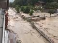 Búrky v Rakúsku vyvolali bleskové záplavy.