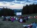 Premietanie filmu vo výške 769 metrov nad morom: FOTO Kopec Straník sa zmenil na letné kino