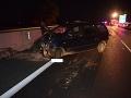 Na diaľnici D1 sa v smere do Bratislavy stala hromadná dopravná nehoda.
