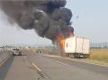 FOTO Požiar na diaľnici D1 medzi Sencom a Bratislavou, horela tam dodávka
