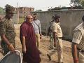 Polícia v Indii zadržala budhistického mnícha: Na krku má obvinenia zo zneužívania detí