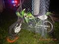 Polícia v Brezne objasňuje dopravnú nehodu mladého motocyklistu