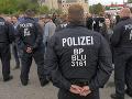 V nemeckom Chemnitzi to stále vrie: Veľká razia polície, nehorázne správanie extrémistov