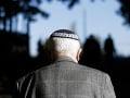 Vlna nevôle v Poľsku: V novinách sa objavil článok Ako rozoznať Žida, predávali ho aj v parlamente