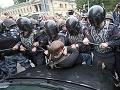 Obyvatelia Moskvy i Petrohradu protestujú: Prestaňte zahusťovať výstavbu v mestách