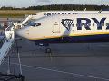 Štrajk spoločnosti Ryanair pokračuje: Protestujú letušky, zrušili 190 letov