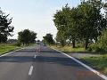 Smrteľná nehoda v Nových Zámkoch: Fatálna zrážka auta s chodcom, zomrel na mieste, vodič ušiel