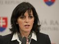 Opozícia opäť kritizuje návrh národniarov: Cestovné poukazy sú nesystémové