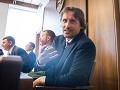 Opozícii odchod Imreczeho nestačí: Žiadajú hlavu riaditeľa kriminálneho úradu Makóa