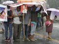 Tajfún Mangkhut si prirátal ďalšie obete: 127 mŕtvych, zdevastovaným Filipínam pomôže aj EÚ