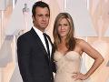 Jennifer Aniston a Justin Theroux sa rozišli pred viac ako rokom.