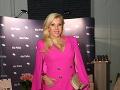 Riaditeľka Fashion Tv Gabika Drobová zvolila svieži ružový outfit.