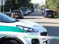 Policajný zásah v Kolárove dnes ráno.
