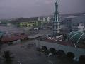 Pohroma na pobreží Indonézie: Cunami na VIDEU zmietla celé domy, desiatky ľudí sú nezvestné