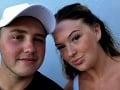 Dvojica na dovolenke na Kréte našla na chodníku tašku: Otvorili ju a hneď utekali na políciu